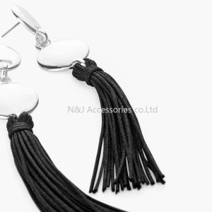 Fashion Black Leather Tassel Long Earrings for Women Bijoux Jewelry Gift pictures & photos