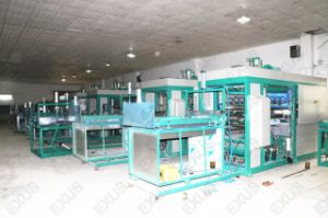 Automatic Plastic Tray Vacuum Forming Machine pictures & photos