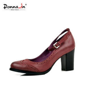 2017 Lady Brogue Leather High Heels Pumps Women Casual Shoes pictures & photos