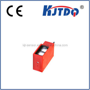 High Quality Customized Fs100 Didduse Photocell Sensor Switch pictures & photos
