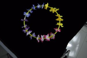 Flower Glow Necklace 2015 Popular Glow Necklace Light Necklace (XLF5580) pictures & photos