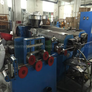 Power Wire Cable Extruding Machine pictures & photos