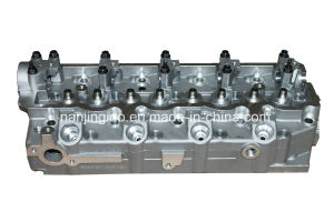 Auto Parts Car Cylinder Head for Mitsubishi 4D56 Md313587 pictures & photos
