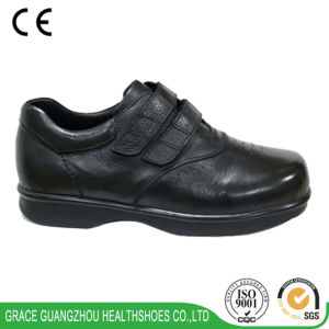 Grace Health Shoes Comfortable Leather Diabetic Shoes (9609129) pictures & photos
