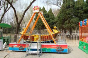 Factory Price Amusement Equipment Pirate Ship for Sale pictures & photos