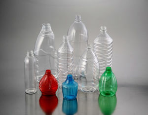 High Quality - Small Pet Bottle Blowing Machine pictures & photos