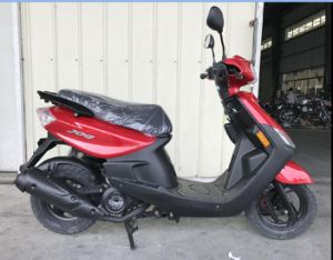 49cc/50cc/100cc China YAMAHA Engine Top EEC Delivery Gas/Fuel Scooter (SL100T-QG) pictures & photos
