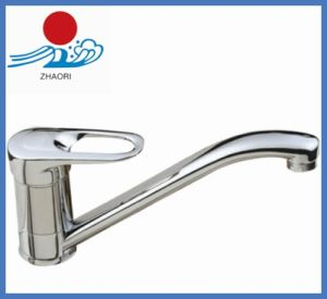 Single Handle Kitchen Sink Mixer Water Faucet (ZR22005)