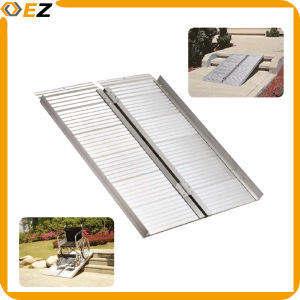 Folding Portable Manual Aluminum Wheelchair Ramp pictures & photos