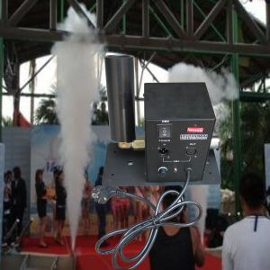 Stage Effect Smoke/Gas CO2 Jet Machine for Party pictures & photos