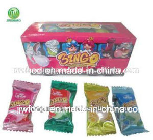 Fruit Flavors Square Center Filled Bubble Gum pictures & photos
