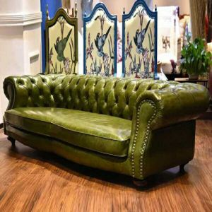 Chesterfield European Living Room Leather Sofa pictures & photos
