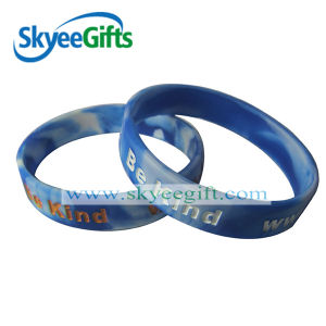 Swirled Debossed Silicone Wristbands for Promotion pictures & photos