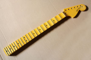 Hanhai Music / St Scalloped Electric Guitar Neck with Maple Fretboard pictures & photos