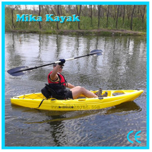 Single Sit on Top Kayak Fishing Boats Plastic Canoe for Sale pictures & photos