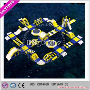 2015 Commerical Inflatable Floating Garland Water Parks pictures & photos