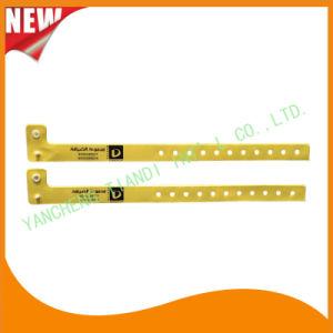 Vinyl Entertainment Band ID Bracelets Festival Wristbands (E607047) pictures & photos