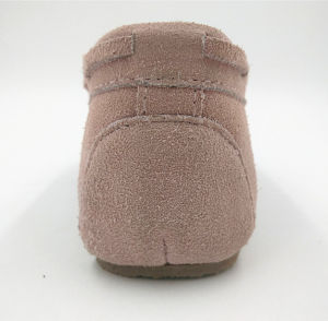 Cow Suede Kids Shoes Indoor Shoes pictures & photos