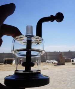 Special Design Glass Hookah Water Smoking Pipe for Somking pictures & photos