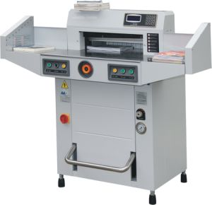 Hydraulic Paper Cutting Machine (GT-R520V2) pictures & photos