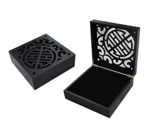 Skeleton Black Painted Wooden Gift Box pictures & photos