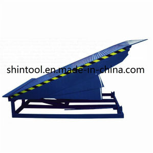 10 Ton Fixed Loading Ramp Dcq10-0.7 with 2500*2000mm Platform Size pictures & photos