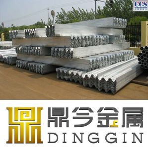 Hot DIP Galvanized Steel Highway Guardrail with Good Price pictures & photos