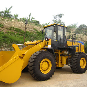 5.0ton 4 Wd Front End Wheel Loader with Ce pictures & photos