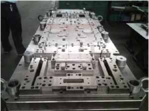 Sheet Metal Forming Progressive Tooling pictures & photos