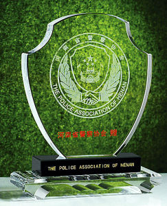 Customized Design Crystal Glass Trophy Award for Promotional Gifts pictures & photos