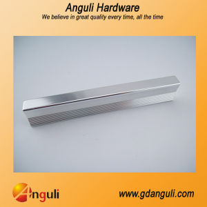 High Quantity Zinc/Aluminium Door Handle pictures & photos