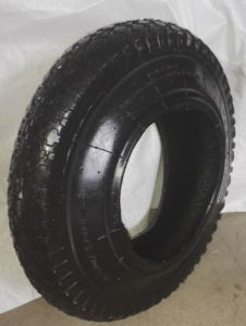 Wheel Barrow Tire with High Contain Natural Rubber pictures & photos