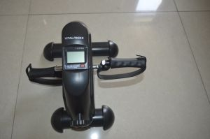 Customised Colour Pedal Exerciser Mini Bike pictures & photos