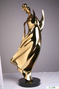 Customized Electroplated Sculpture Named Fluting Lady pictures & photos
