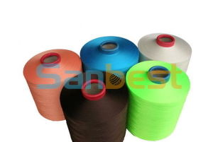100% Colorful Continuous Polyester Textured Thread 200d/1 pictures & photos