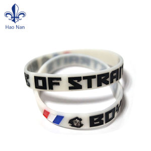 Hot Sell Custom Product Silicone Rubber Wristband pictures & photos