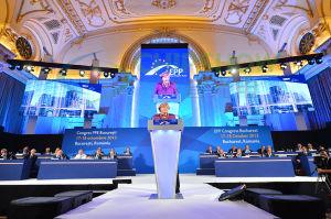 Chipshow P3.91 LED Display Outdoor/Indoor Full Color LED Screen pictures & photos