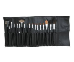 18PCS Professional Makeup Cosmetic Brushes with Black Pouch pictures & photos