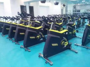 Exercise Bike /Cardio Belt Transmission with Light Running Bike / Commercial Spinning Bike /Tz-7010 pictures & photos