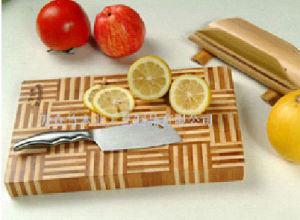 Bamboo Cutting Board (G1001A) pictures & photos