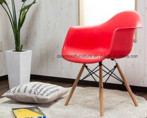 Northern Europe Ikea Chair Eames Chair for Office pictures & photos
