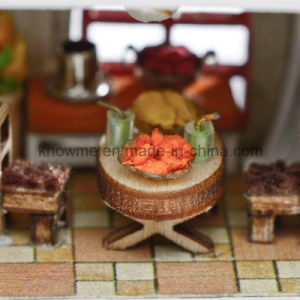 New Design Wooden Toy European Model Assembling Dollhouse pictures & photos
