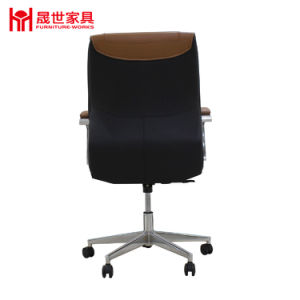 2017 New Design Guangdong Factory Luxury Swivel Leather Office Chair with Headrest. pictures & photos