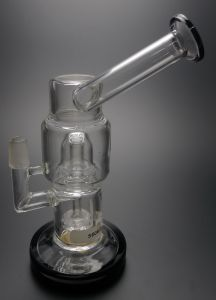 D&K New Design Glass Smoking Water Pipe pictures & photos