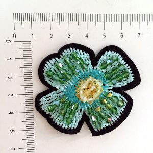 Custom Made Personalized Cheap Embroidery Chenille Patches pictures & photos