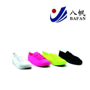 Fashion Casual Canvas Shoes Bf1701497 pictures & photos