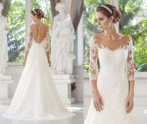 Long Sleeve Soft and Flowing Lace Wedding Gown pictures & photos