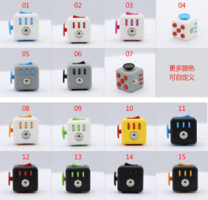Six Ways for Relaxing Fidget Cube Toy pictures & photos