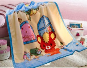 Luvable Friends Print Coral Fleece Baby Blanket pictures & photos