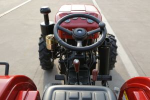 4 Wheel 40HP Waw Agriculturel Tractor for Sale pictures & photos